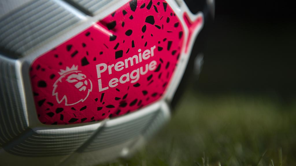 Covid na Inglaterra: Premier League vê número de testes positivos dobrar