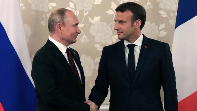 Putin Macron Call For Complete Halt To Fighting In Karabakh Cgtn