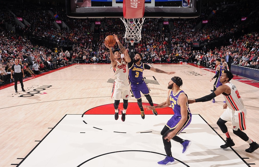 Nba Highlights On Dec 28 Lakers Bench Unit Saves The Team