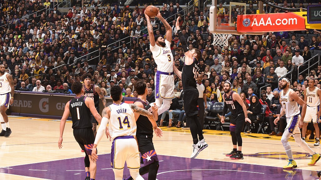 Nba Highlights On Jan 1 Lakers Suns Put On A Roller