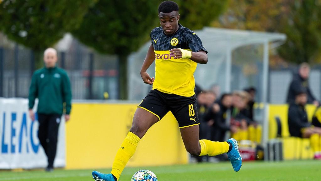 DFL clears 'New Eto'o' Youssoufa Moukoko's way to Bundesliga - CGTN