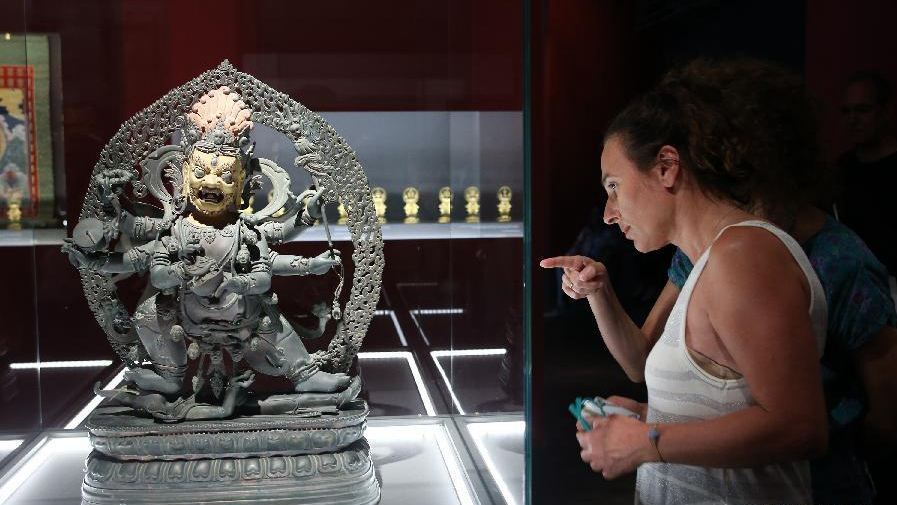 Forbidden City's unseen artifacts to debut in Athens museum