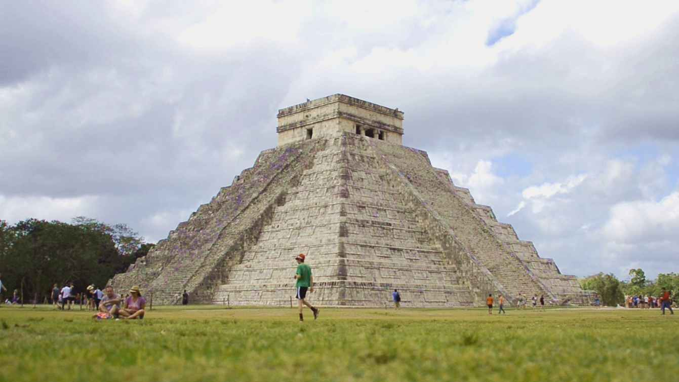 Discovery of Balamku Cave may rewrite the history of Maya ...