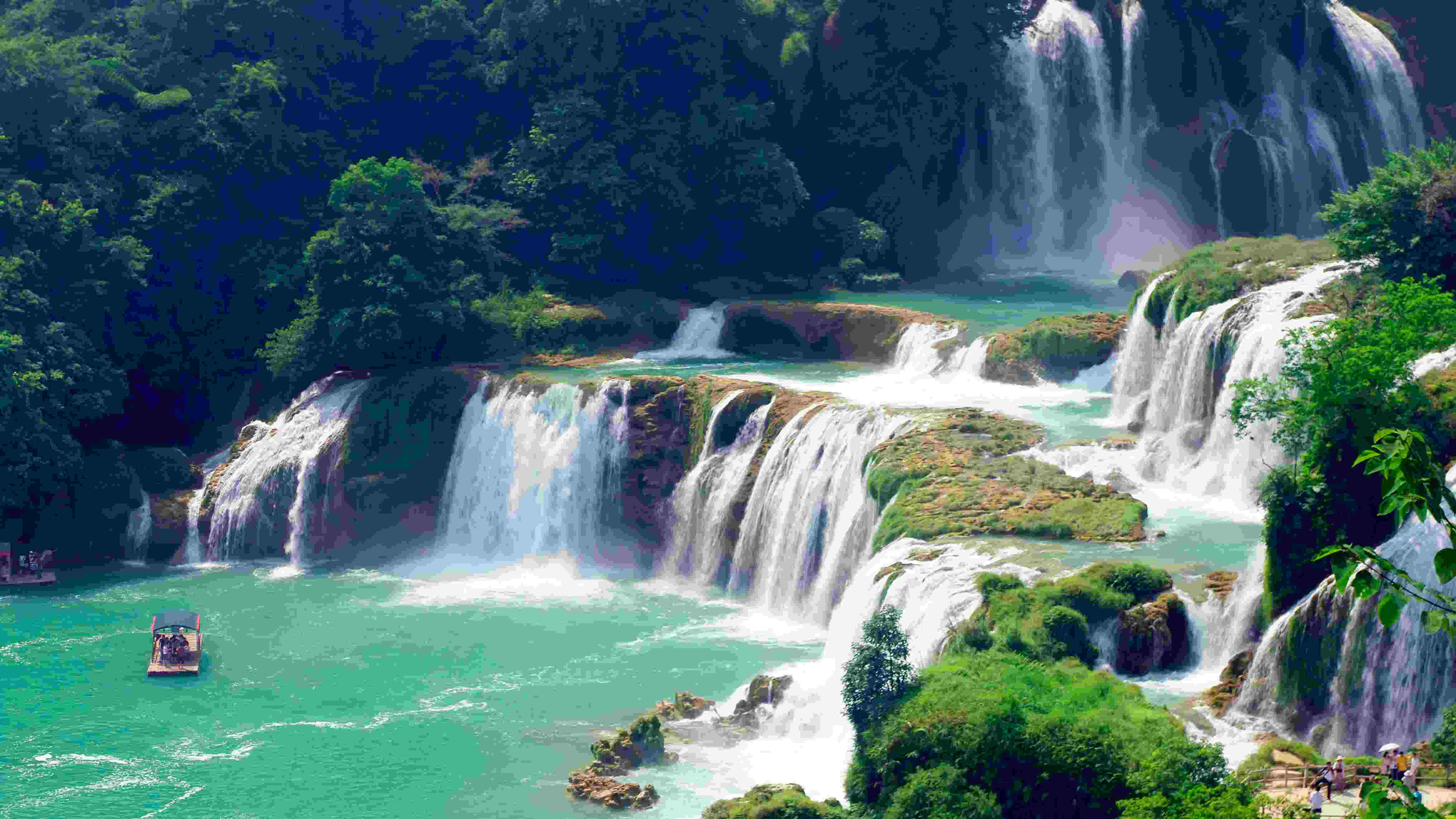 Border Waterfall A Magnet For Tourism