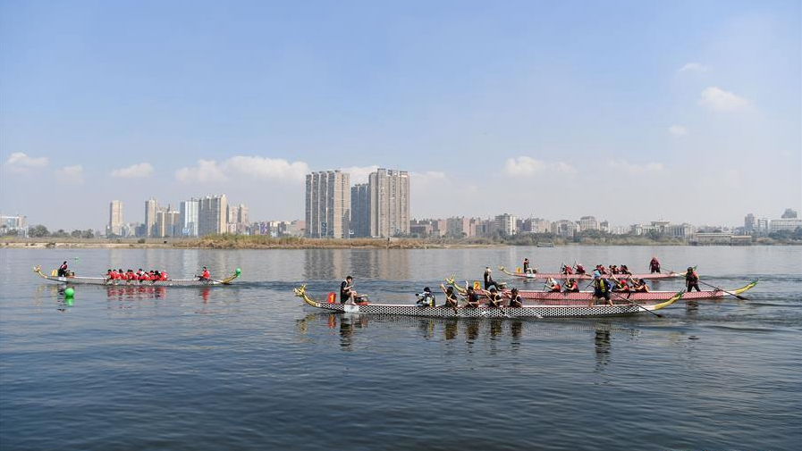 The Nile hosts dragon boat festival to celebrate Chinese New Year - CGTN