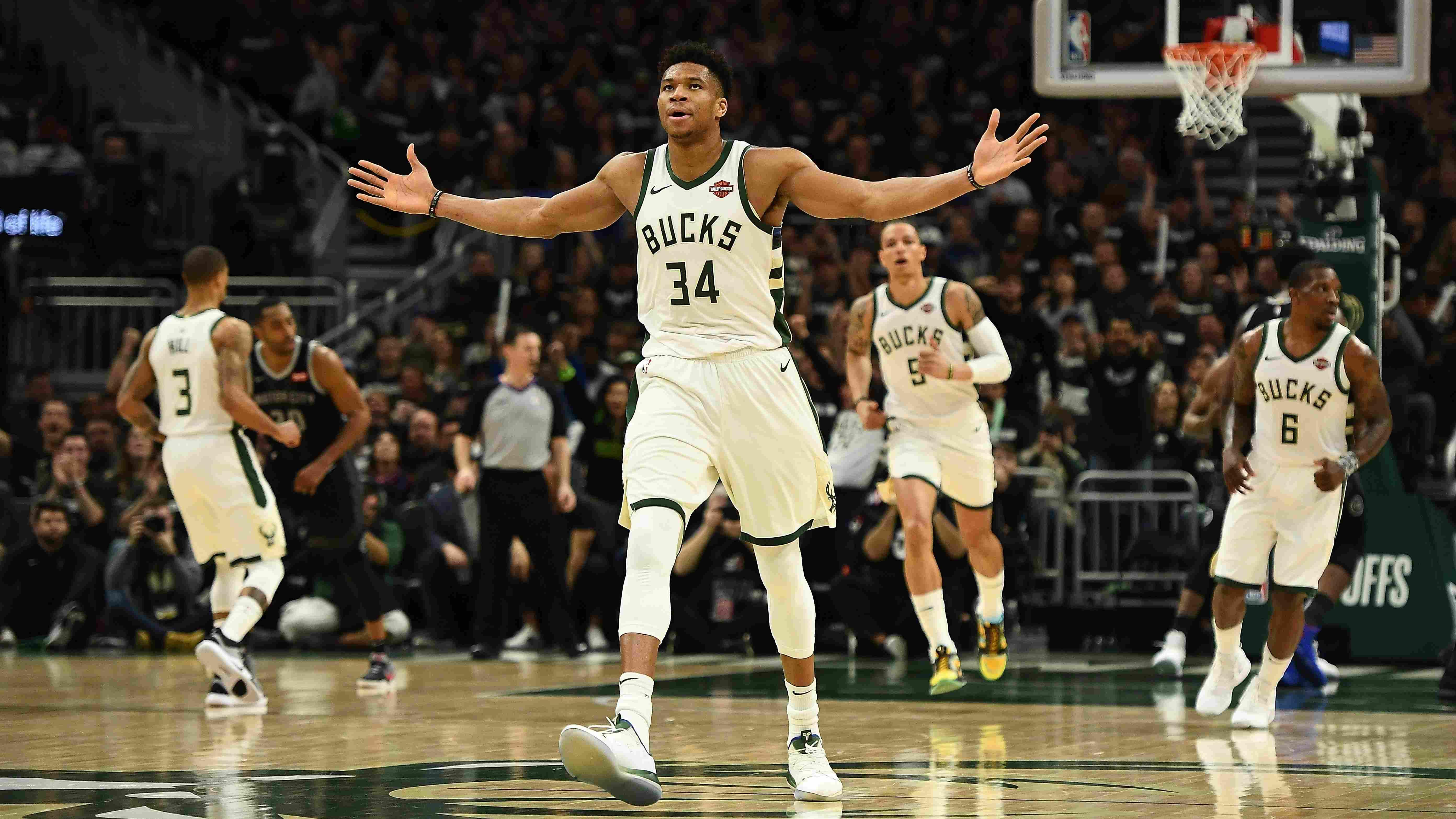 68e1b3e7937c NBA playoffs on Apr. 14  Bucks smash Pistons