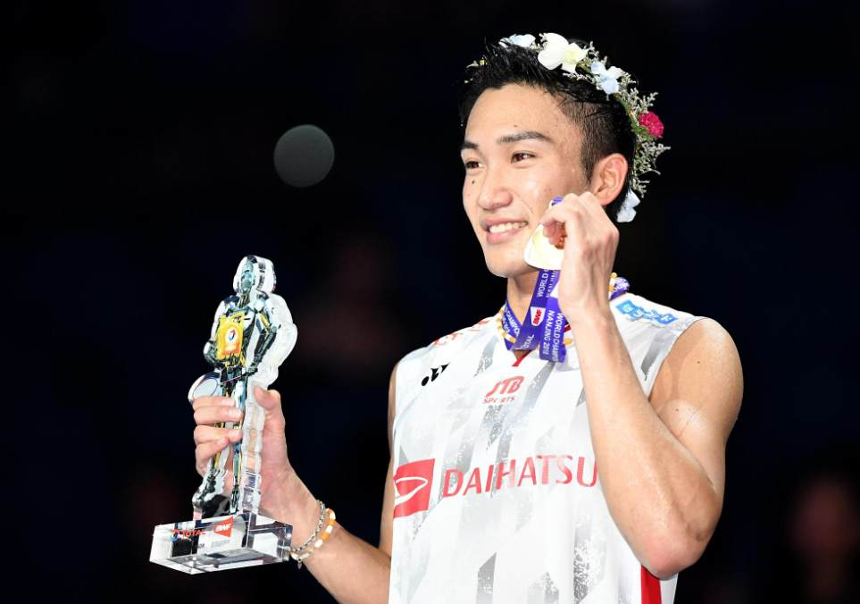 162c690e48a Kento Momota became the first Japanese men's singles winner after defeating  Shi Yuqi at the World Championships in Nanjing. /VCG Photo