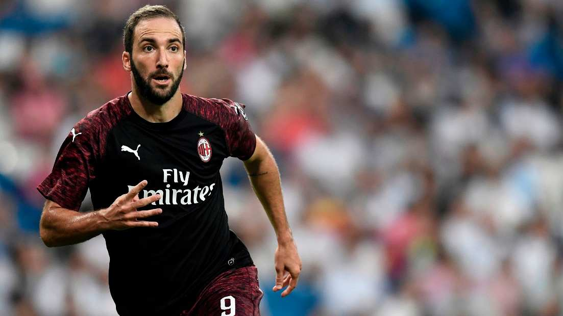 info for 64f76 7cab4 Gonzalo Higuain scores a peach on AC Milan debut against ...