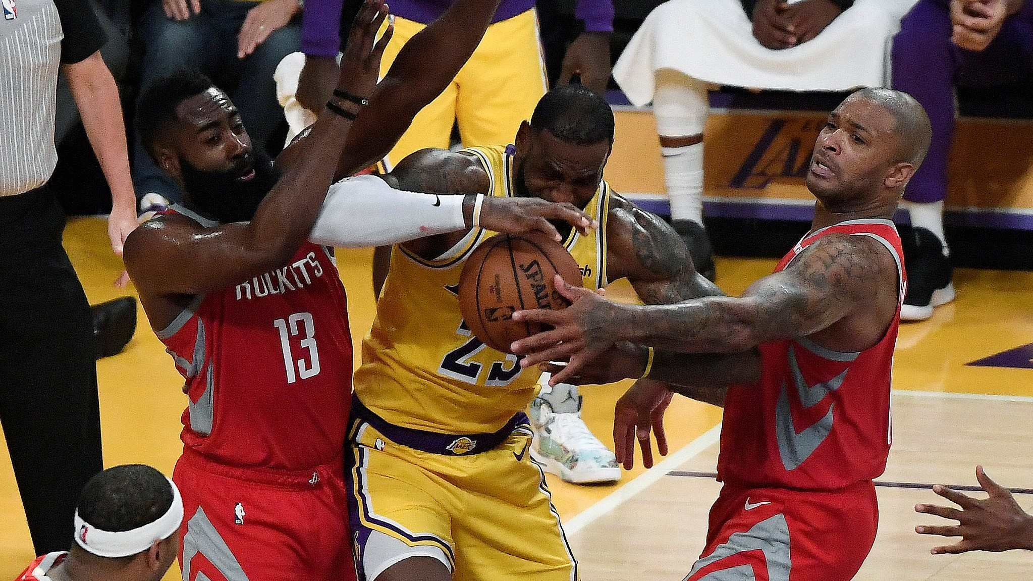 33cdabb5948e The 2018-19 NBA season met its most heated game so far on Saturday as the Houston  Rockets defeated the Los Angeles Lakers 124-115 at the Staples Center.