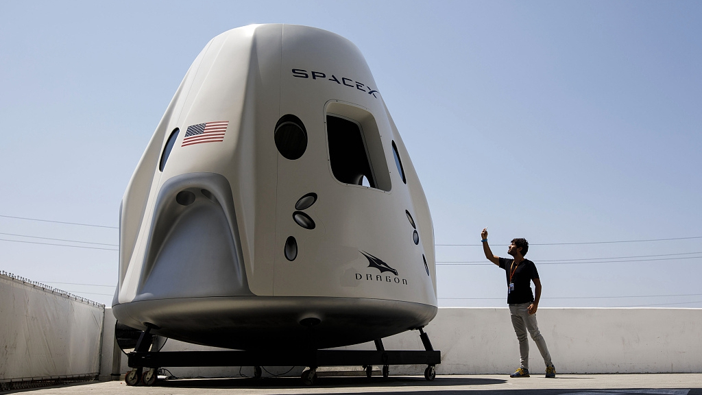 SpaceX says Crew Dragon capsule destroyed in ground test ...