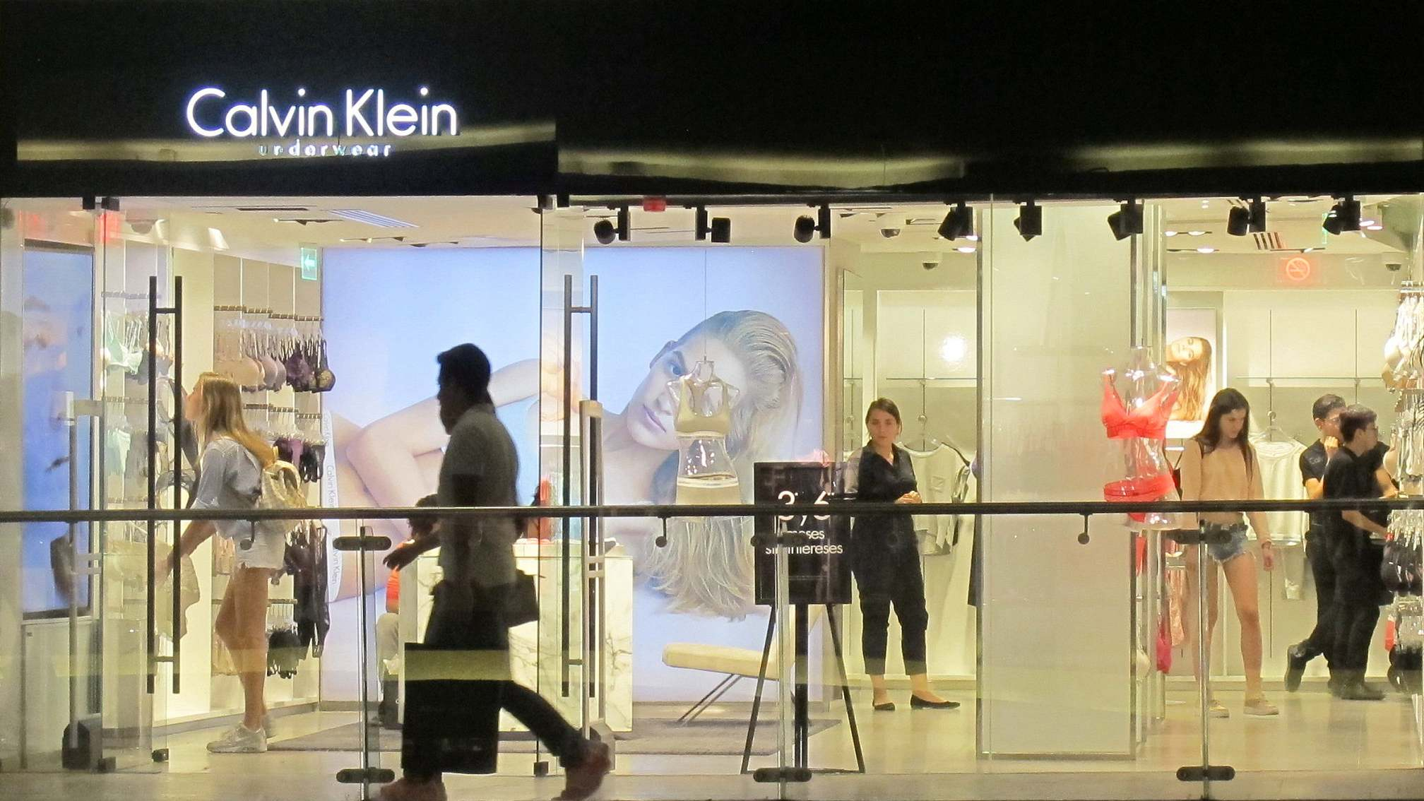 size 40 4aa05 4f38f Calvin Klein to close its flagship store in New York - CGTN