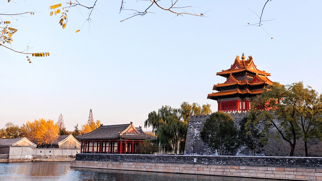 Live: Red Army Choir takes a break to tour Beijing - CGTN