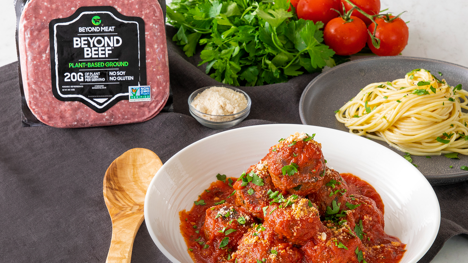 Beyond burgers and sausages: Beyond Meat introduces faux beef ...