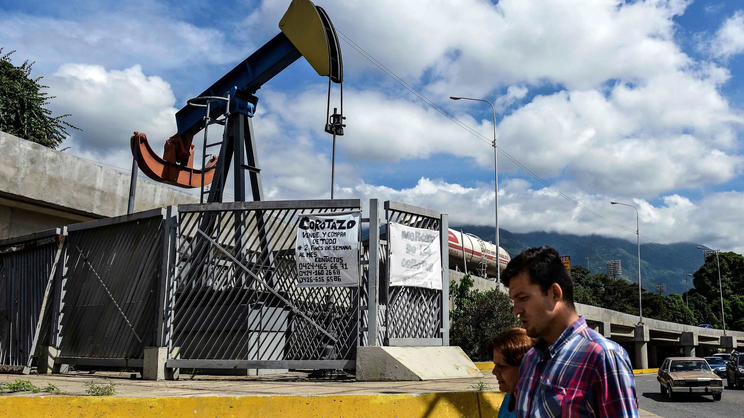 venezuela oil dependence and its