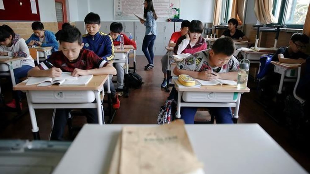 Controversial renaming of US schools angers Chinese